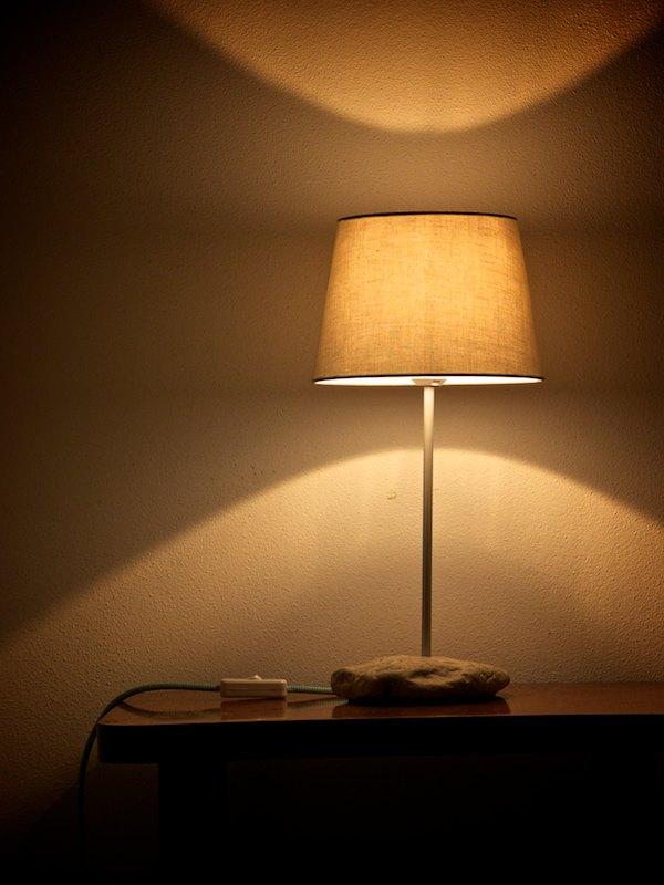 lampa-kamen-3